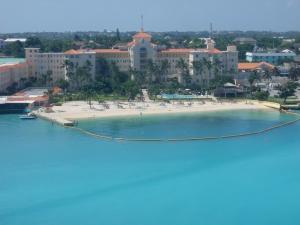Hilton -- Bahamas style