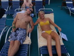 Pool homies :)