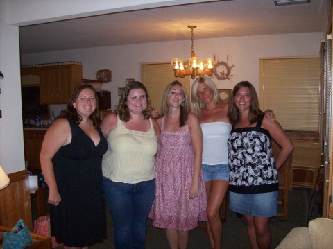 Laura, me and other besties last summer @ OBX